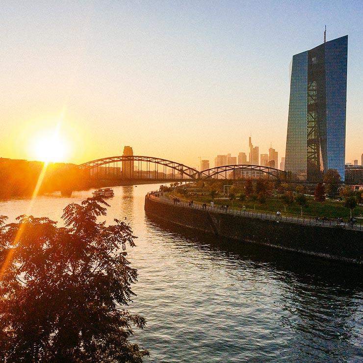 Hafenpark Quartier Frankfurt Europäische Zentralbank Eigentumswohnung am Main